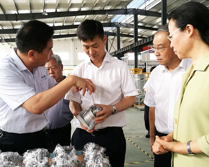 省政协副主席彭军强调:以良好营商环境促经济高质量发展