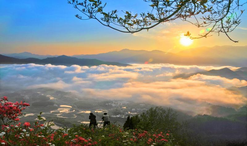 雾锁天堂湖畔(湖北罗田天堂湖)